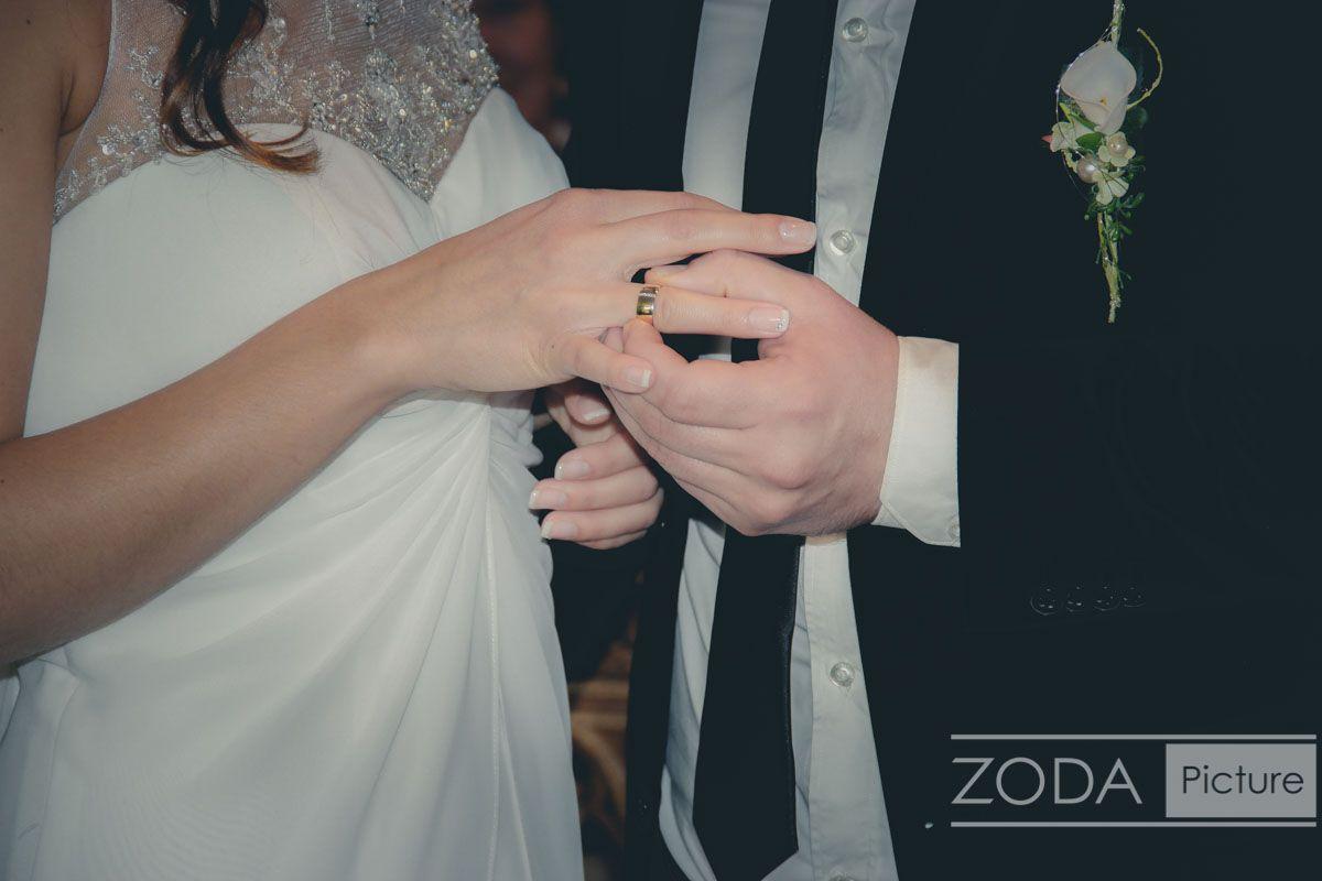 Hochzeitsfotografie - Ringtausch während der Hochzeit